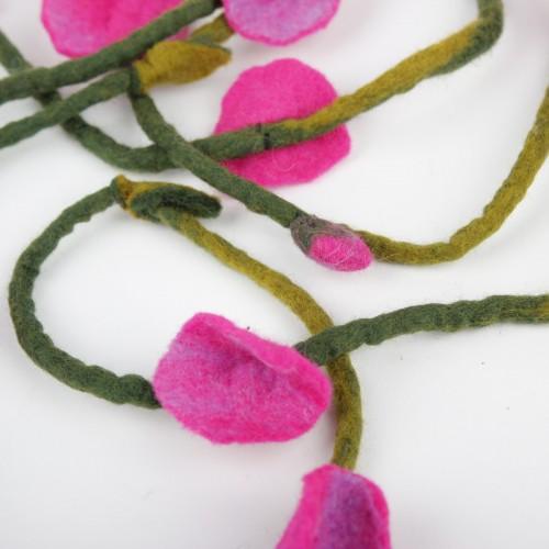 Vilten Bloemenketting Fuchsia