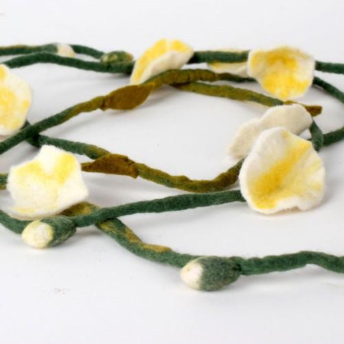 Vilten Bloemenketting Wit Geel
